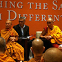 Арга зам өөр ч, хүрэх зорилго нэг – Тайландын буддистуудын Дээрхийн гэгээнтэн Далай ламтай хийсэн уулзалт