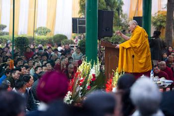 Дээрхийн Гэгээнтэн Далай лам Дели хотноо Оросын буддистуудад ном айлдлаа- Гурав дахь өдөр