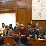 """Дээрхийн Гэгээнтэн Далай лам Делигийн их сургууль дээр """"Шинжлэх ухаан, ёс зүй ба боловсрол"""" сэдэвт уулзалт ярилцлагад оролцлоо"""