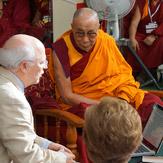 """Дээрхийн Гэгээнтэн Далай лам """"Оюун ухаан ба Амьдрал"""" 26 дахь уулзалтад оролцож байна-1 дэх өдөр: Оюун ухаан, Тархи, Матери"""