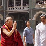Дээрхийн Гэгээнтэн Далай Лам Мумбай хот дахь Ариун Хавиерийн коллежид зочлов