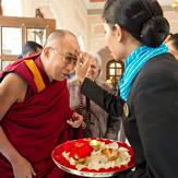 Дээрхийн Гэгээнтэн Далай лам Жайпурын Утга Зохиолын их наадамд оролцлоо