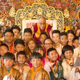 Дээрхийн Гэгээнтэн Рикон дахь Төвдийн хүрээлэнд айлчлан Дерри хот руу замдаа гарлаа